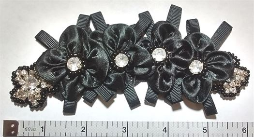 AP33 - Ribbon Applique